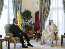 Порошенко пригласил эмира Катара посетить Украину с визитом