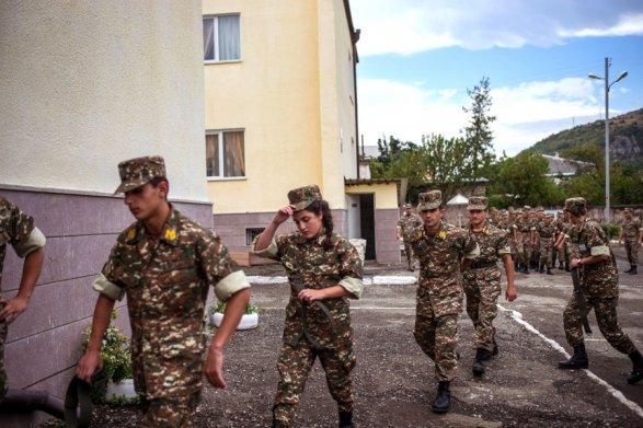 Ереванская газета подверглась травле за правду об армянской армии