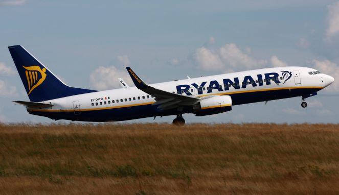 Лоукостер Ryanair відкриє сім авіасполучень між Польщею та Україною