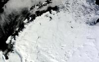 В Антарктиде появилась загадочная гигантская дыра