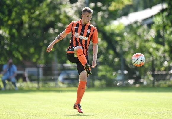 Очередной украинский футболист перешел в российский Анжи