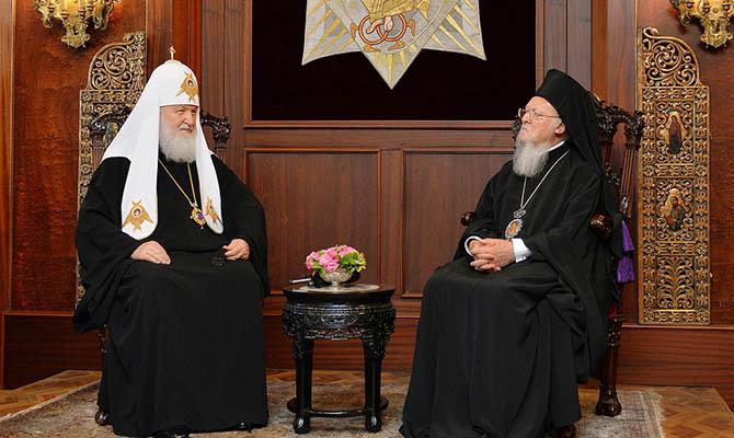 В храмах РПЦ больше не будут молиться за патриарха Варфоломея