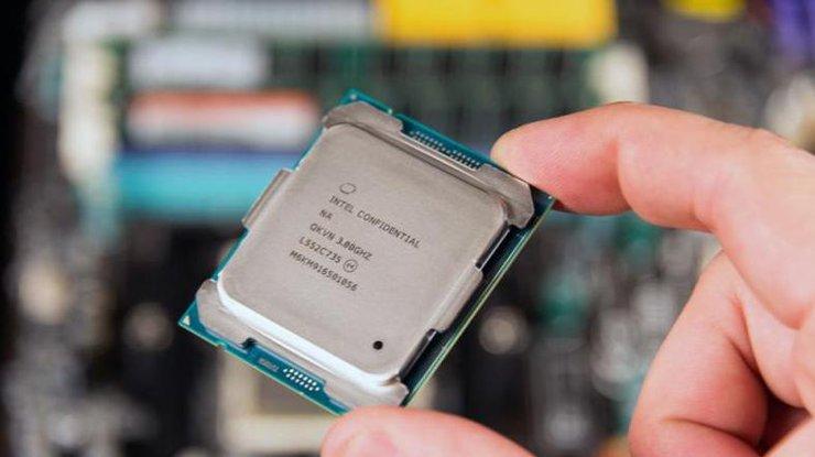 Intel выпустила процессор Core восьмого поколения