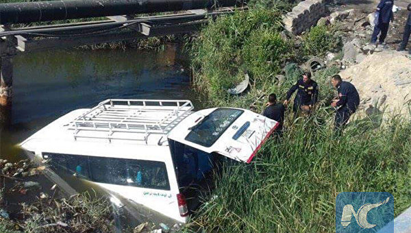 В Египте фургон с туристами сорвался в канаву: есть жертвы