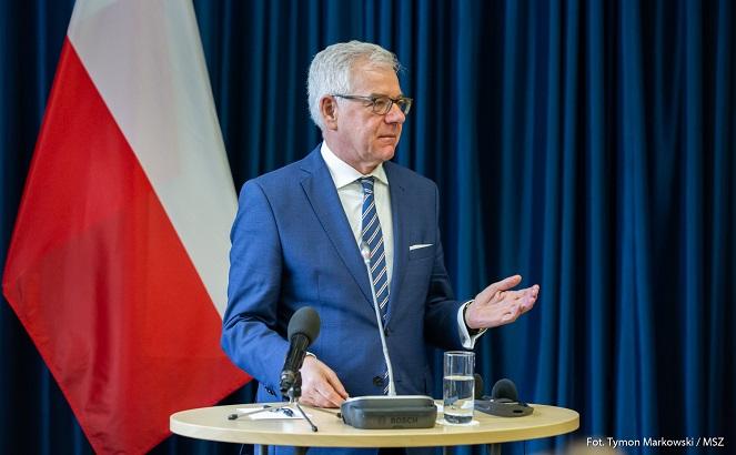 Яцек Чапутович: Польша выступает за укрепление санкций в отношении России