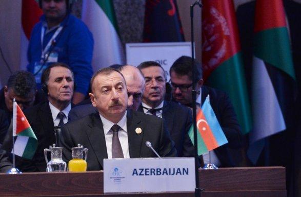 Ильхам Алиев призвал пересмотреть решение по Иерусалиму