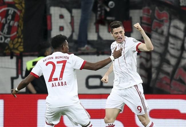 Football: Two Lewandowski goals in German Cup semifinal