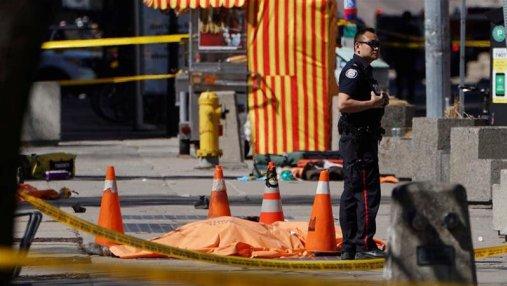 Наезд на пешеходов в Торонто: возросло число погибших, названо имя нападавшего