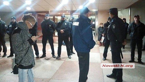 В Николаеве эвакуировали зрителей с концерта Бабкина из-за угрозы взрыва