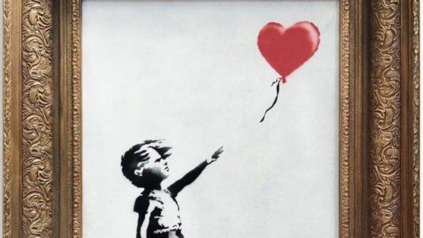 Скандал з арт-витівкою Бенксі: у мережі запустили флешмоб з порізаними шредером картинами