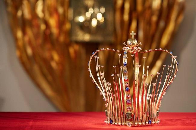 В Иркутске короновали статую Фатимской Божьей Матери