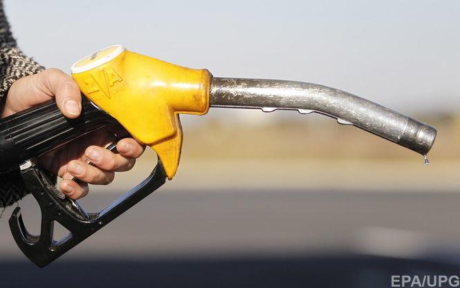 Дизтопливо и бензин продолжают дешеветь