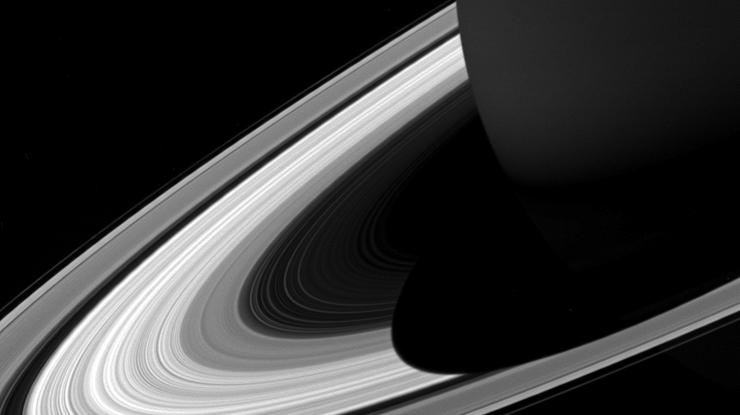 Ученые раскрыли главную тайну существования колец Сатурна