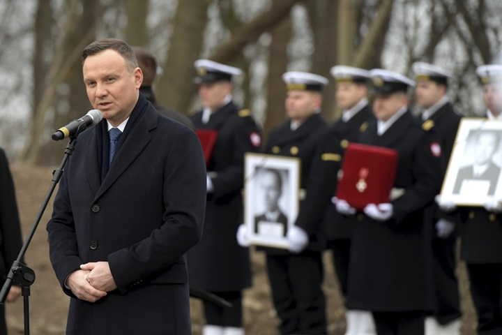 President: Polish Navy officers waited 65 years for burial with honours