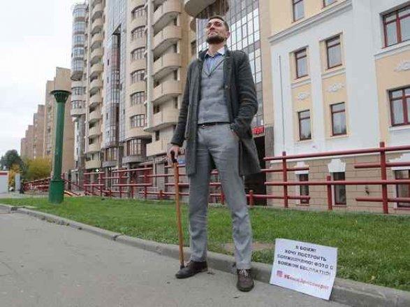 Азербайджанец отказался от богатой жизни и стал бомжом