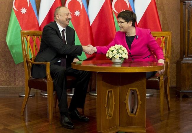 Polish PM talks trade with Azerbaijani president