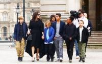 Анджелина Джоли может потерять опеку над детьми