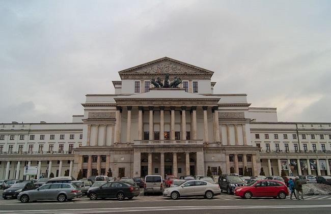 Paderewski's 'Manru' premieres at Warsaw