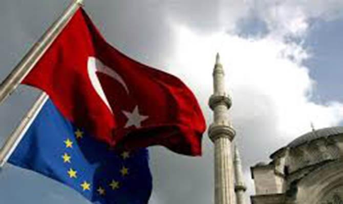 Выборы в Турции: Европарламент отказывается наблюдать и комментировать