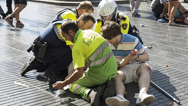 Теракт в Барселоне: полиция не знает, в какой стране находится террорист