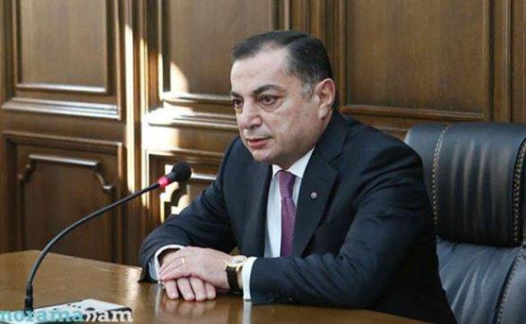 Саргсян останется главой Республиканской партии