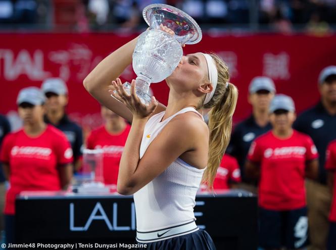 Юная украинская теннисистка выиграла турнир WTA, установив рекорд - ФОТО