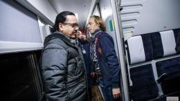 Укрзализныця покупает еще 11 пассажирских вагонов-трансформеров