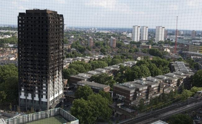 Полиция: Вследствии пожара в лондонской высотке могли погибнуть 79 человек
