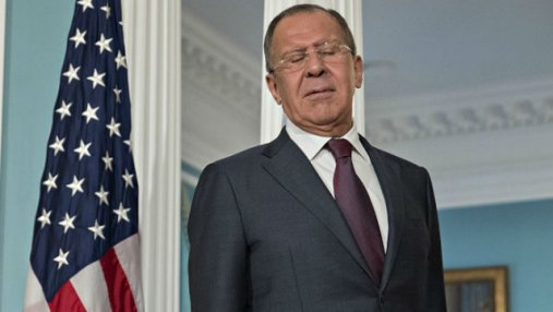 Лавров вульгарно пошутил о тайной встрече Трампа и Путина