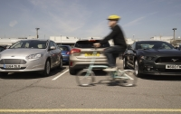 Маневрування заднім ходом може бути приємним з Ford Focus
