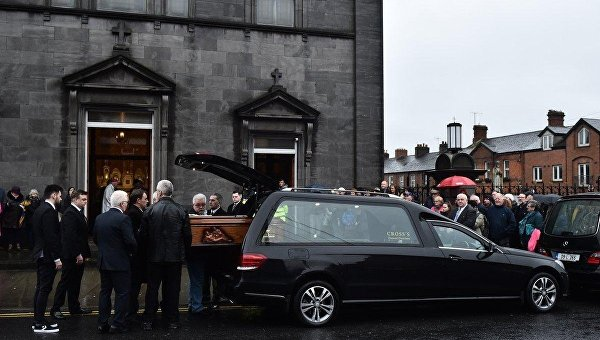 В Ирландии прощаются с солисткой The Cranberries Долорес ОРиордан