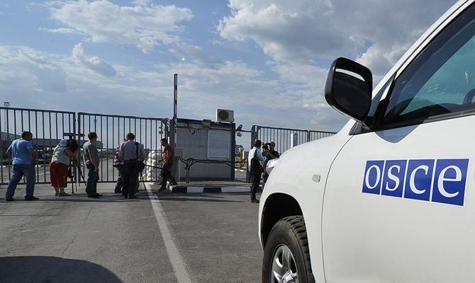 ОБСЕ продлила мандат наблюдательной миссии на КПП в Гуково и Донецке