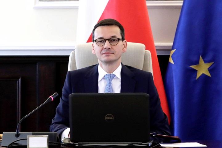 PM Morawiecki speaks on phone to US VP Pence