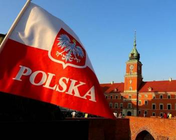 У Польщі розчаровані результатами переговорів Глинського і Розенка, очікують рішення щодо скасування заборони на ексгумацію поляків