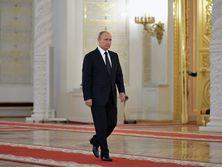 В 2005 году Путин обещал, что при его правлении пенсионный возраст подниматься не будет