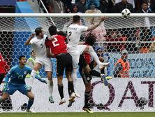 Хименес точным ударом головой принес победу уругвайцам
