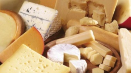 Украина продолжает наращивать импорт сыров