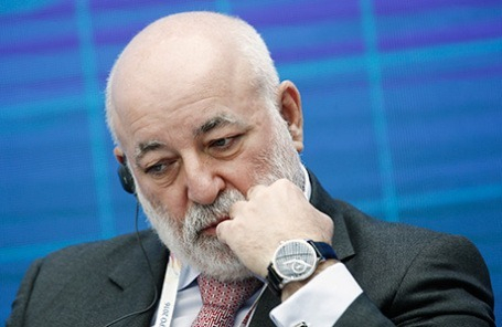 Санкции США: Заблокирован до $ 2 млрд активов российского олигарха Вексельберга, - СМИ