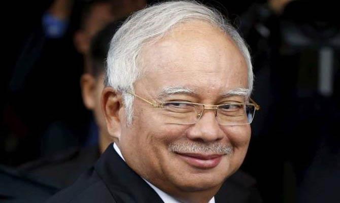 Бывший премьер Малайзии арестован за растрату