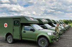 Украинские военные медики получили более 20 новых санитарных машин
