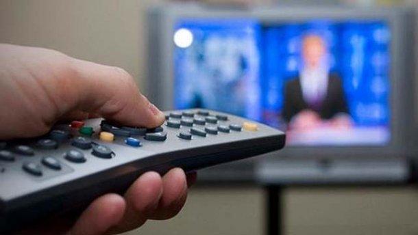 Нацрада взялася за український телеканал, що показав фільм з Табаковим і Боярським