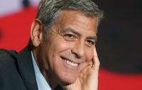 СМИ: Джордж Клуни снимет сериал по Уловке-22