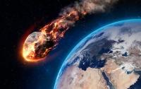 К Земле летит гигантский астероид (видео)