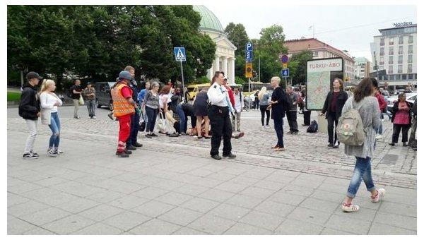 Неизвестный напал с ножом на прохожих в финском городе Турку