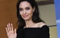 Анджелина Джоли хочет завершить кинокарьеру