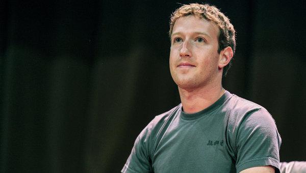 Эксперты о Facebook: Цукерберга подвела самоуверенность и жадность