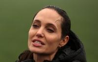 Анджелина Джоли попала в больницу в критическом состоянии