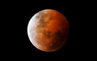 Кровавая луна и Марс появятся на небе во время самого длинного лунного затмения века