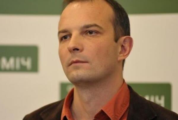 Задержанных возле Соломенского суда активистов отпустили на поруки