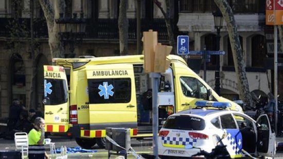 Девушка из Австралии пережила три крупных теракта, путешествуя по Европе